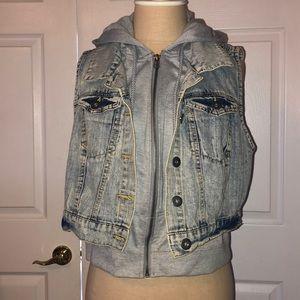 Sleeveless Denim jacket